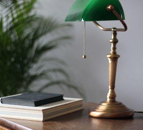La lampe de bureau : Indispensables et tellement élégantes !